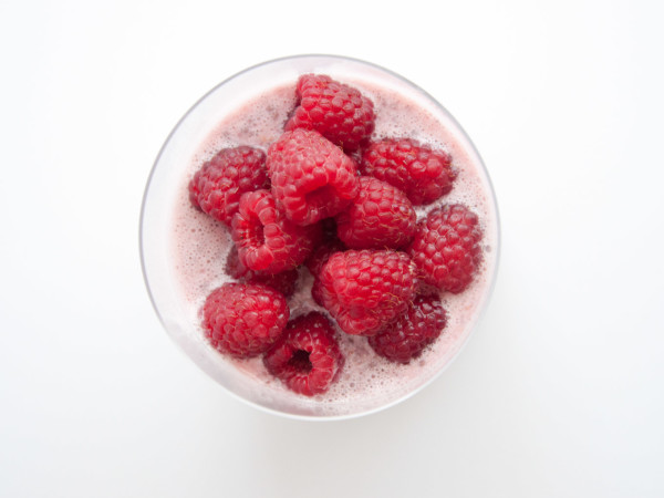 Raspberry chia pudding